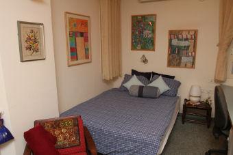 Quiet Corner in Motza - Bedroom Area